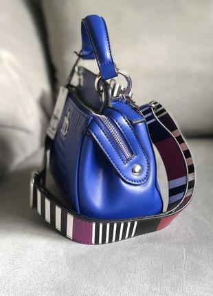 Новая трендовая сумка с широким ремешком от итальянского бренда roccobarocco (оригинал)2 фото