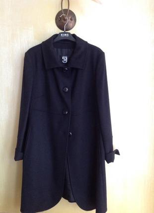 Итальянское люксовое пальто из высококачественной шерсти