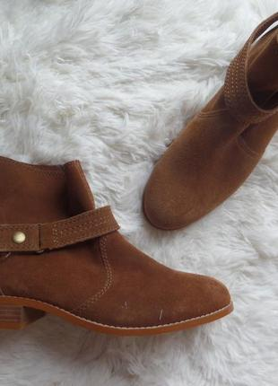Крутые замшевые деми ботинки pull&bear