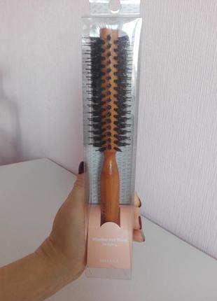 Деревянная круглая расческа брашинг missha wooden hair brush for styling