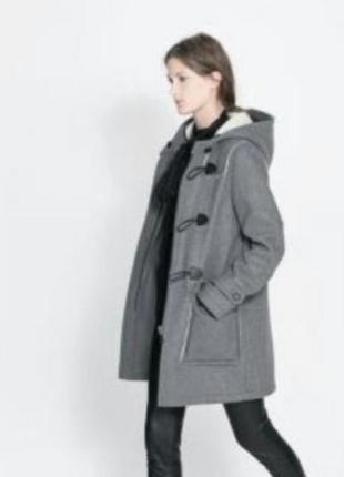 Модное пальто дафлкот от zara