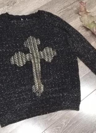 В'язана кофта з хрестом