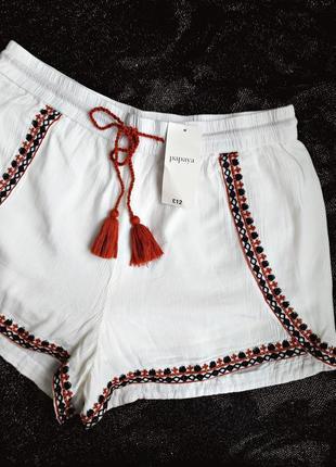 Красивые шортики с вышивкой в стиле бохо р.12