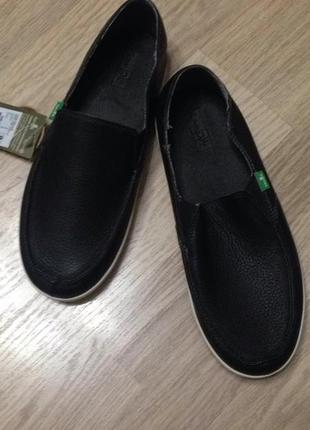 Туфли мокасины кожаные sanuk, новые!