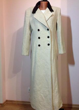 Длинное пальто . легкая зима. /- xl/ brend carol