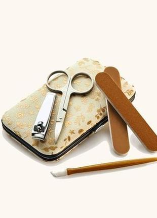 Маникюрный компактный набор ив роше ножницы,кусачки,пилочка,щипчики