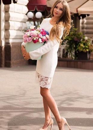 Нежное ангоровое платье