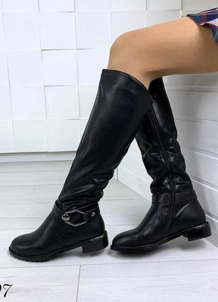 Акция! сапожки зимние на низком каблуке. размер 36
