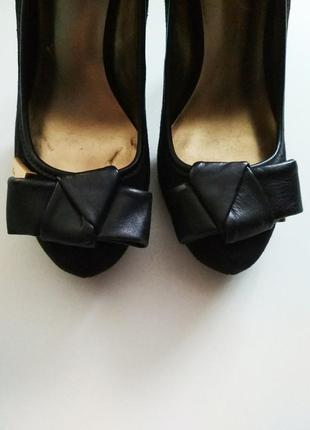 Фирменные замшевые туфли guess, размер 5м / 35-363 фото