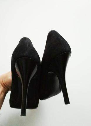 Фирменные замшевые туфли guess, размер 5м / 35-365 фото