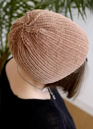 Велюрова тепла шапочка кольору капучіно2