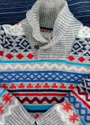 Тёплый крутой свитерок