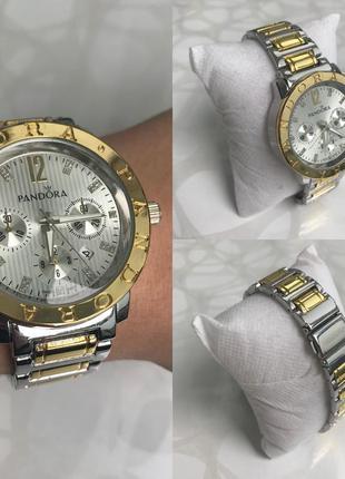 Женские наручные модные металлические часы серебристые с золотым
