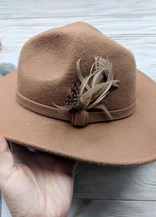 Бежевая фетровая шерстяная шляпа шляпка капелюх с ровными полями3