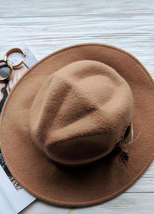Бежевая фетровая шерстяная шляпа шляпка капелюх с ровными полями4