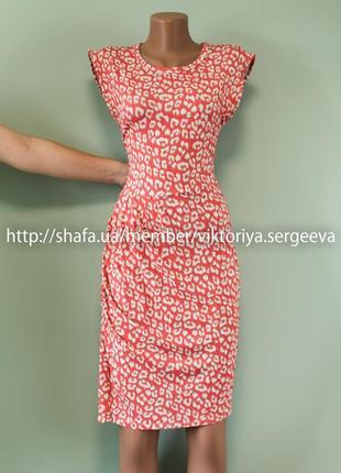 Большой выбор платьев - легкое актуальное платье миди