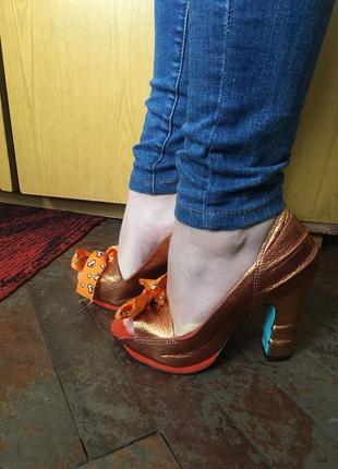 Эксклюзивные кожаные туфли босоножки сказочные единороги оранжевые
