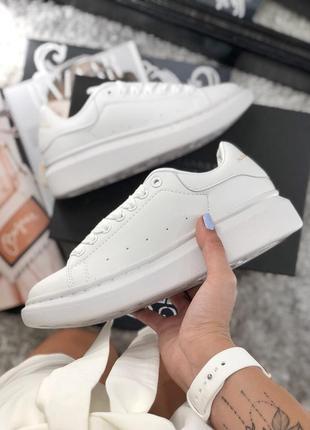 Распродажа! шикарные женские весенние кроссовки alexander mcqueen all white
