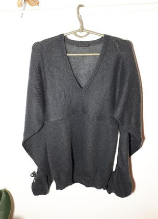 Красивый пуловер sisley