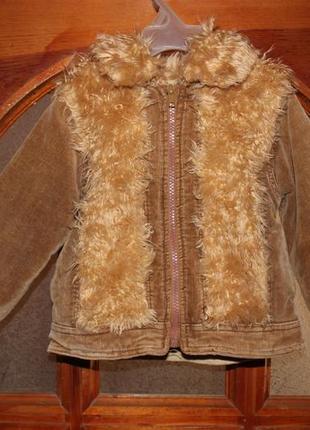 Стильная  вельветовая куртка с карманами утепленная флисом.