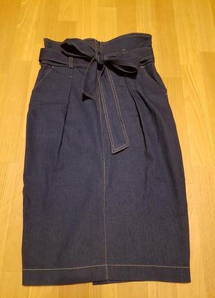 Джинсовая юбка миди с завышенной талией