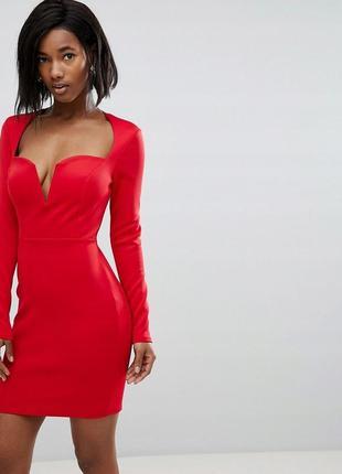 Club l сексуальна червона сукня