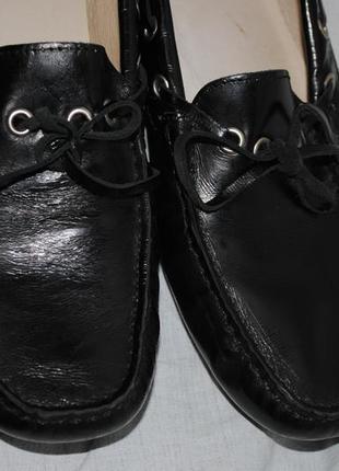 Шикарные кожаные мокасины испанский бренд