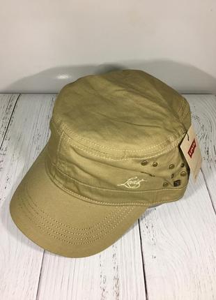 Фирменная кепка levis в стиле милитари новая с бирками
