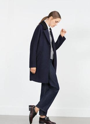 Синее пальто zara с английским воротником