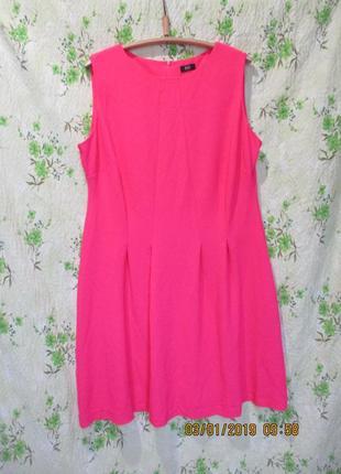 Яркое приталенное платье со складками uk 20/ 52-54