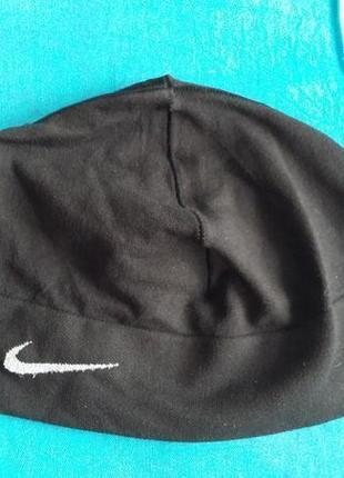 Спортивная шапка оригинал