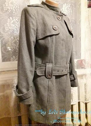 Красивое и стильное пальто, размер м-л