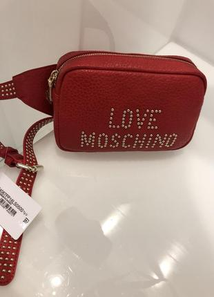 Сумка на пояс love moschino