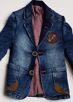 Суперовый, эксклюзивный джинсовый пиджак в клубном стиле!