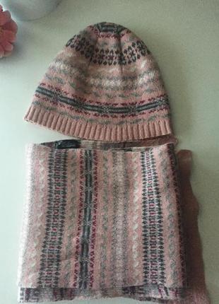 Комплект шарф и шапка colins