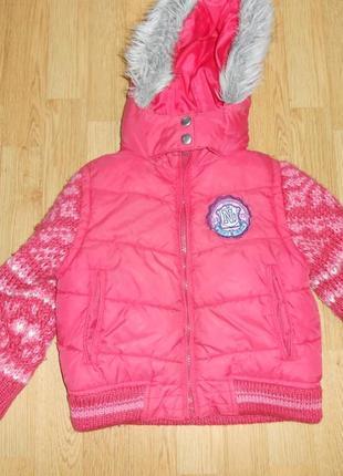 Куртка на девочку 3-4 года