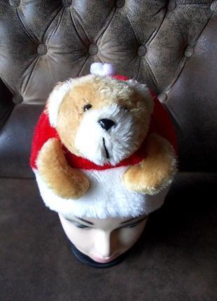 Маскарадная шапочка с медвежонком - меховая