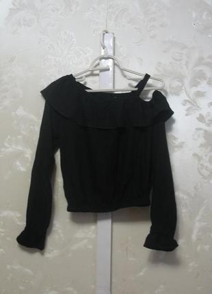 Черная вискозная блуза с воланом  h&m