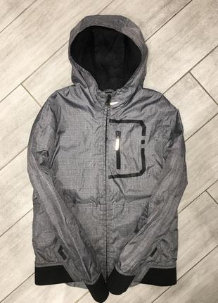 Классная, демисезонная курточка active kids wear 11-12 лет