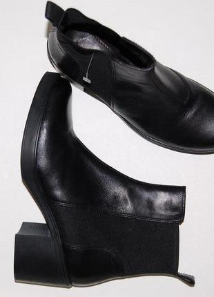 Ботинки кожа кожаные челси vagabond 41 р-р толстый каблук