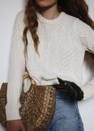 Уютный вязанный белый свитерок от topshop
