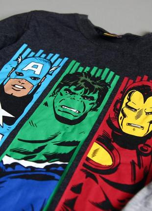 Кофта от marvel. герои комиксов, изображены - халк, капитан америка, железный человек2