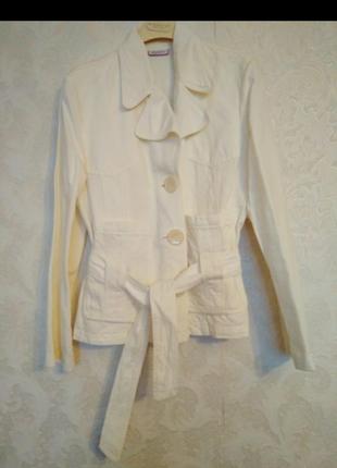 Пиджак знаменитой итальянской марки max&co,46 размер
