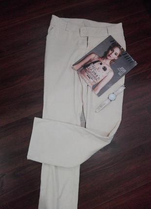 Светлые брюки джинсы вельветовые