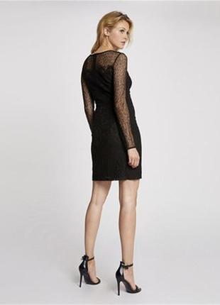 Черное классическое платье футляр с кружевом из плотного атласа