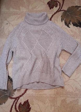 Теплый вязаный свитер