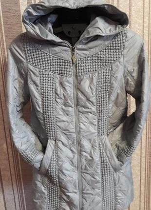 Куртка-пальто от известного бренда, очееь красиво стеганая!распродажа в профиле
