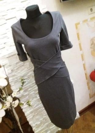 Emporio armani  платье премиум класса. оригинал