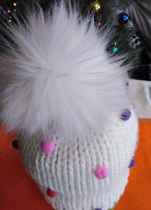 Красивейшая шапочка с бубоном.