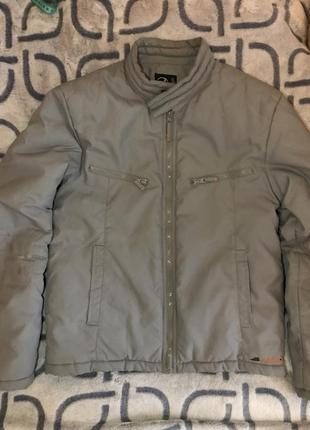Тёплая демисезонная мужская куртка junker